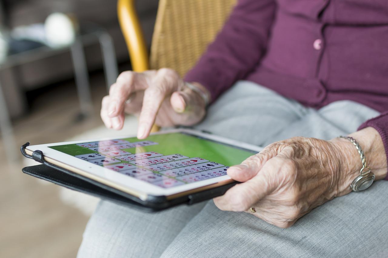 Dans l'optique de votre retraite, faut-il privilégier le PER ou l'assurance vie ?